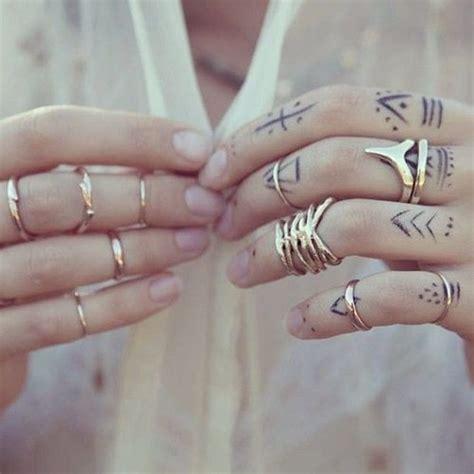 tattooed fingernails 31 small tattoos that will make you want one