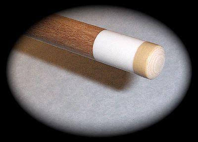 a proper pool cue stick grip