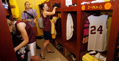 coed changing room the bottom line your muslim president obama says let boys use locker rooms or