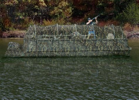 hunting pontoon boat research 2012 voyager boats 18 hunt and fish camo on