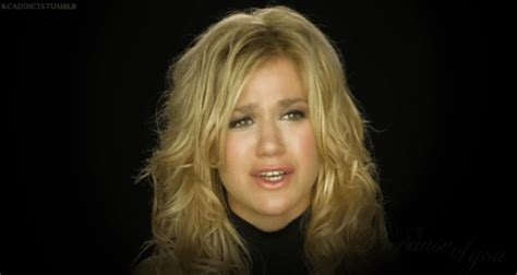 because of you kelly clarkson kelly clarkson because of you gif wifflegif