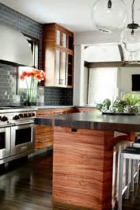 beautiful wood kitchen cabinets horizontal grain