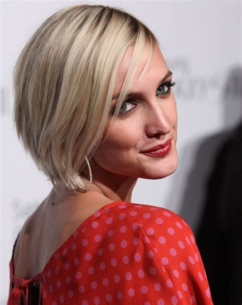 hot curlers to style a graduated bob 100 hot celebrity hairstyles for every hair type bobs
