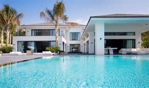 Haus Kaufen In La Usa by Fant 225 Stica Villa Moderna Destacada En La Revista Luxury