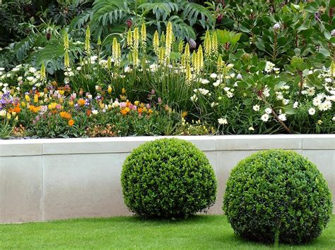 flowers for garden beds landscape plans ideas for landscaping flower beds
