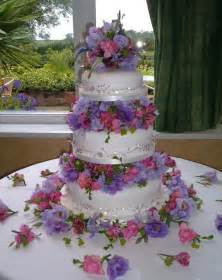 wedding cake flowers three tier wedding cake and flowers