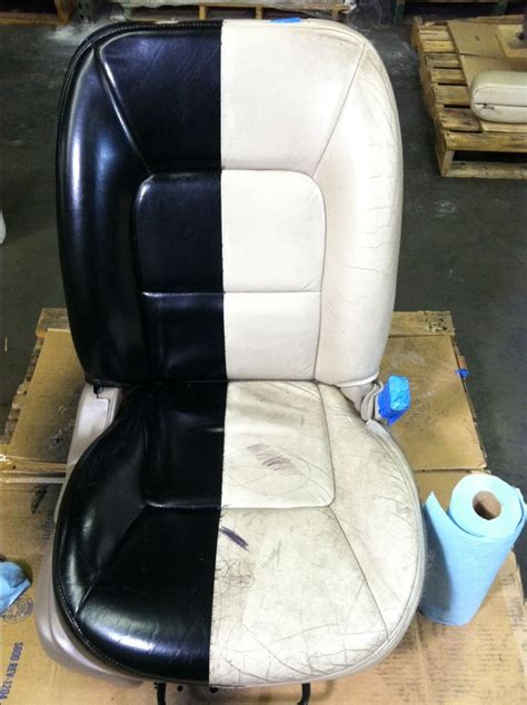 Boat Leather Upholstery by Best 25 Boat Upholstery Ideas On Boat Seats