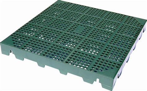 piastrelle in plastica per esterni 187 pavimentazione modulare per esterno drenante in