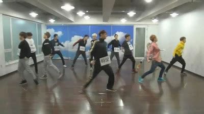 free download mp3 exo wolf korean version brankas video exo 늑대와 미녀 wolf dance practice 3gp mp4