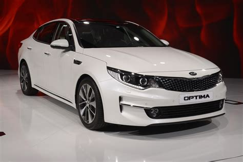 A Kia Optima All New Kia Optima Looks Ready For European Challenge
