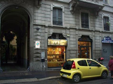 libreria antiquaria venezia esterno foto di libreria antiquaria di porta venezia