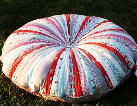 picture of amazing jelly roll floor pillows