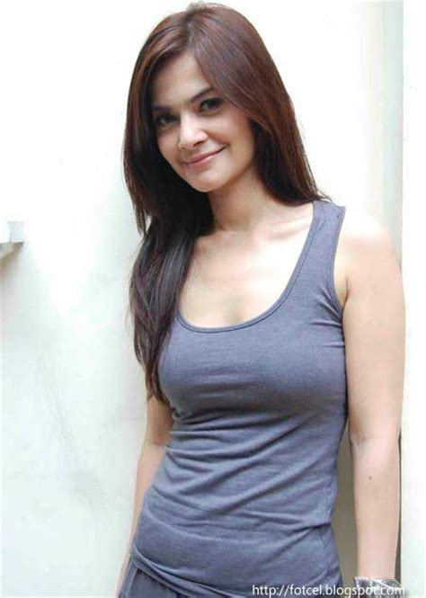 payu dara cut tari hot celebrity and models