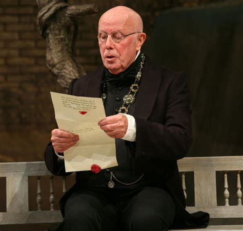 themes in macbeth rsc past productions twelfth night royal shakespeare company