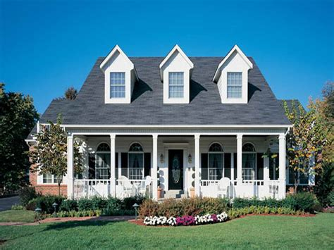 15 artistic american colonial homes home building plans