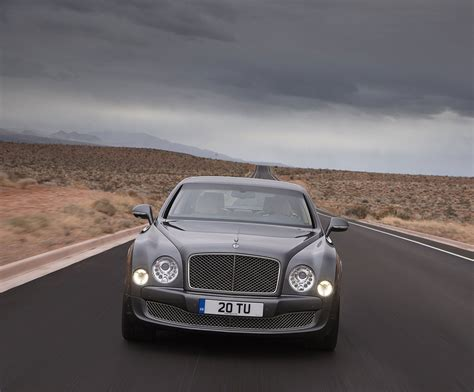 bentley mulliner bentley reveals new mulsanne mulliner driving