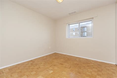 kingston one bedroom apartment kingston apartment photos and files gallery rentboard ca