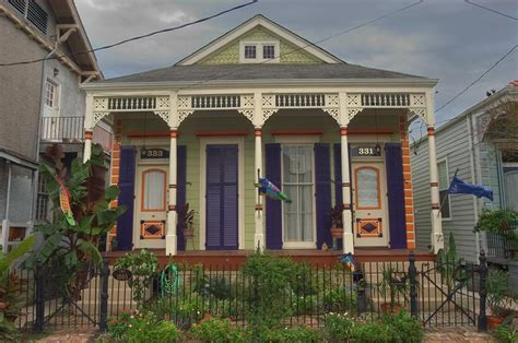 the new orleans shotgun house archid new orleans shotgun house love the color combo diy ad