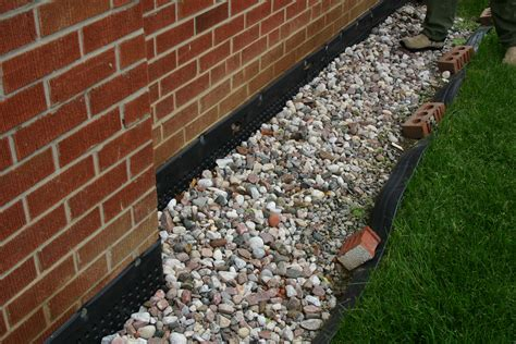gravel around house good landscaping practices and how can it save money on heating and cooling cost