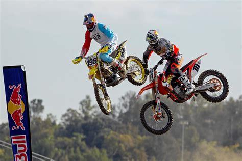 travis pastrana freestyle motocross travis pastrana un triplo backflip al nitro circus
