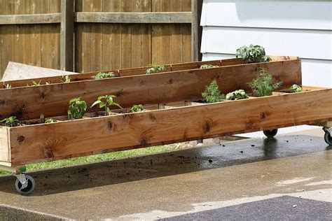 homemade planters homemade cedar planter woodworking pinterest