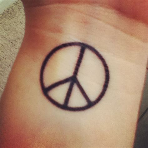 peace sign tattoos 15 peace sign tattoos for girls