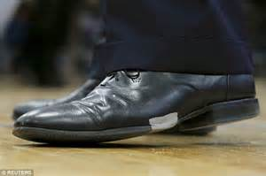 presidential shoes will his rivals put the boot in jeb bush wears shoe held