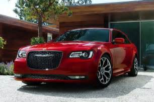 How Do Chrysler 300 Last 2015 Chrysler 300 Vs 2015 Dodge Charger What S The