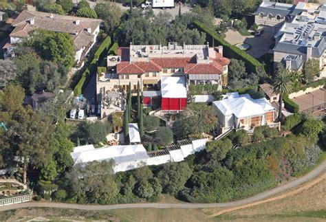 lionel richie s beverly hills estate site of nicole richie and joel madden s wedding zimbio