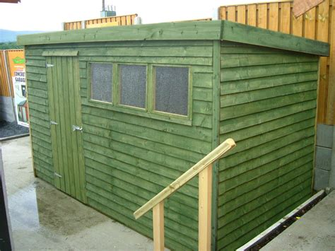 Flat Roof Garden Sheds by How To Build A Flat Roof Garden Shed Best Roof 2017