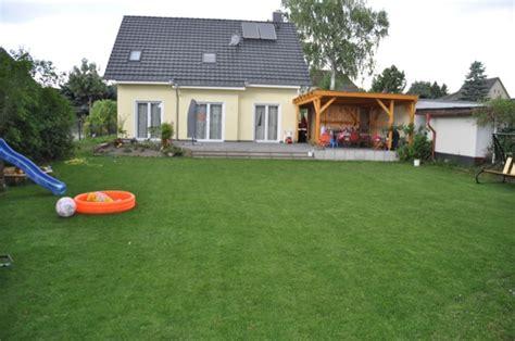 Rasen Ohne Unkraut 1500 by Grundst 252 Cksgr 246 223 E Einfamilienhaus Wie Gro 223 Sollte Die