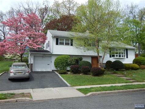11 barbara way w nj 07470 mls 1716733 estately