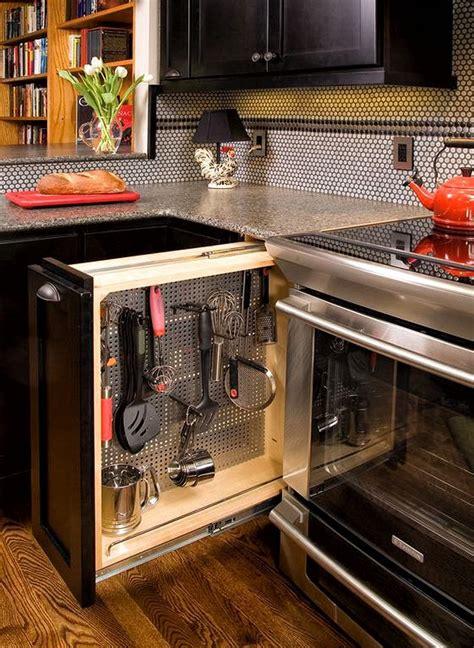 kitchen storage ideas    kitchen organized