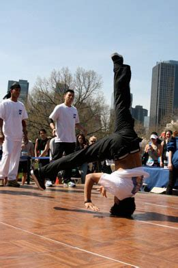 Kaos New York 06 by Dancers Nyc Hip Hop And Breakdance Manzana City Crew