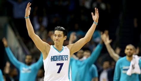 jeremy lin benched jeremy lin excites nba charlotte hornets defeat san