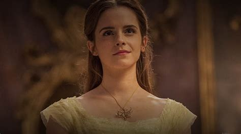 emma watson pinky ring emma watson s jewelry in beauty and the beast the