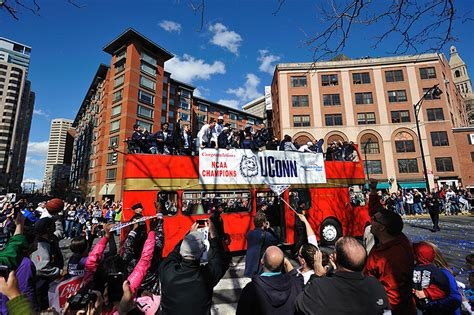 Uconn Mba International Trip by There S Nothing Like A Victory Parade Uconn Today