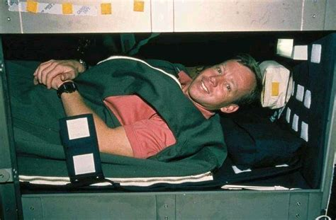 Nasa Paying To Lay In Bed by Nasa Wants To Study Astronaut Bed Habits Willing To Pay