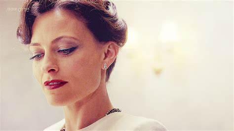 irene adler sherlock bbc hairstyle makeup tutorial for bbc sherlock s irene adler omega