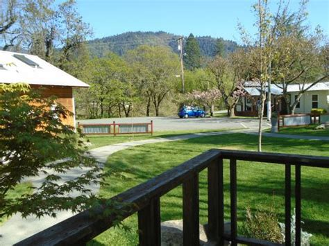 Coho Cottages by Inside Foto Di Coho Cottages Willow Creek Tripadvisor