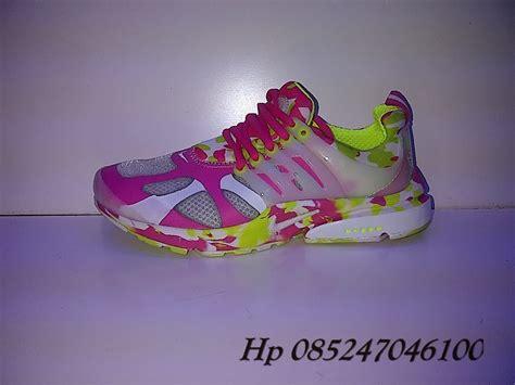 Sepatu Nike Merah sepatu murah nike sport