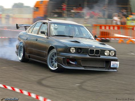Bmw Drifting Bmw Drift Wallpaper 1280x960 Wallpoper 245419