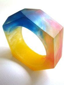 What To Buy 2007 The Lucite Bangle The Budget Fashionista by Acrylic Bangle Yellow Tulip Abstract Flower Design