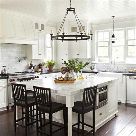 pictures of kitchens with islands 1000 ideas about build kitchen island on