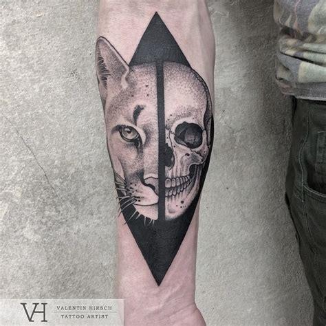 lion skull tattoo half half skull pairodicetattoos