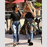 khloe-kardashian-casual-style-2017