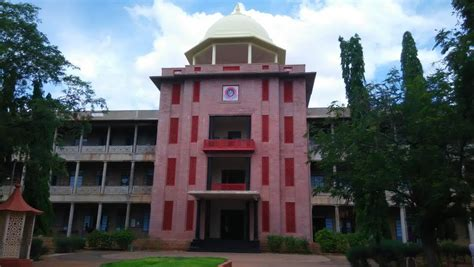 Mba In Thiagarajar College Madurai by Top 7 Engineering Colleges In India Youth Cool Blogs