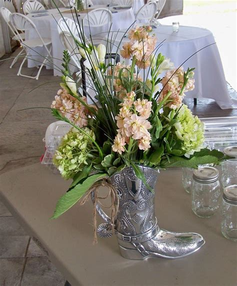 Cowboy Boot Vase Wedding Decorations by 81 Best Cowboy Boot Vase Images On Cabins
