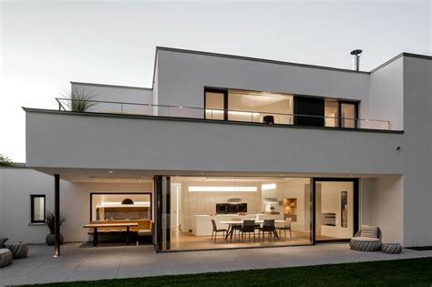 architekt neumarkt 220 ber 1 000 ideen zu moderne hausfassaden auf