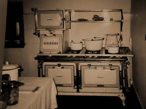 Kitchen Design Jobs London Antique Stove And 1920 S Kitchen Antique Stove In A